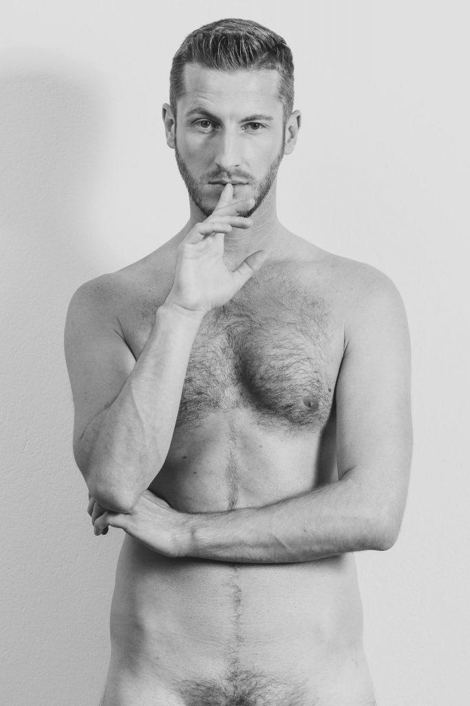 akt-erotische-sexy-fotos-male-berlinblick-male-schwul-gay-nackt