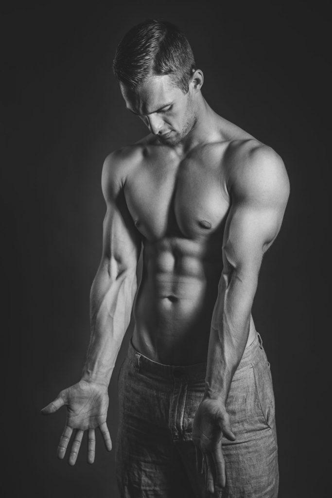 akt-erotische-sexy-fotos-male-berlinblick-male-sixpack
