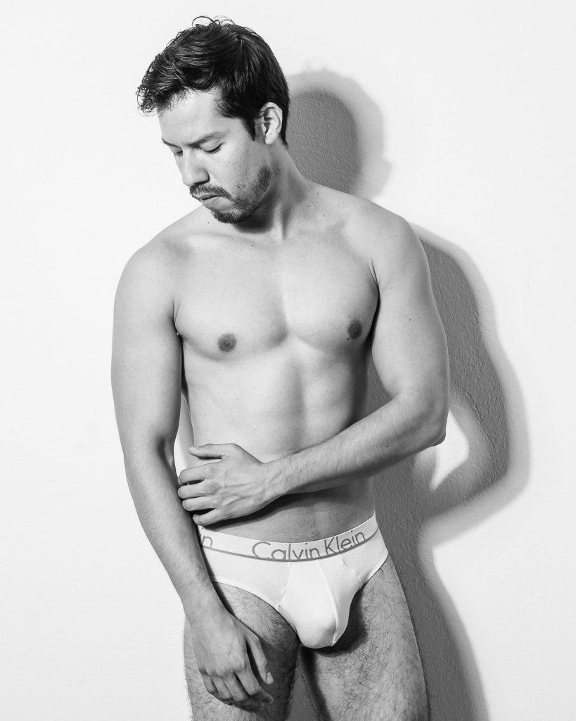 akt-erotische-sexy-fotos-male-berlinblick-gay-shooting-topless
